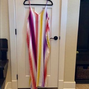 NWOT Boutique Tie die maxi dress with pockets